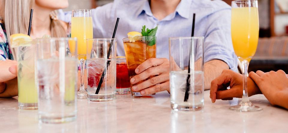 Kalorienarme Getränke: Wasser, grüner Tee und mehr | MatchaEnergy.net