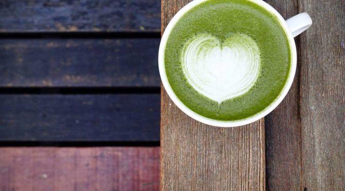 Veganer Matcha Latte: Köstlicher und nachhaltiger Wachmacher